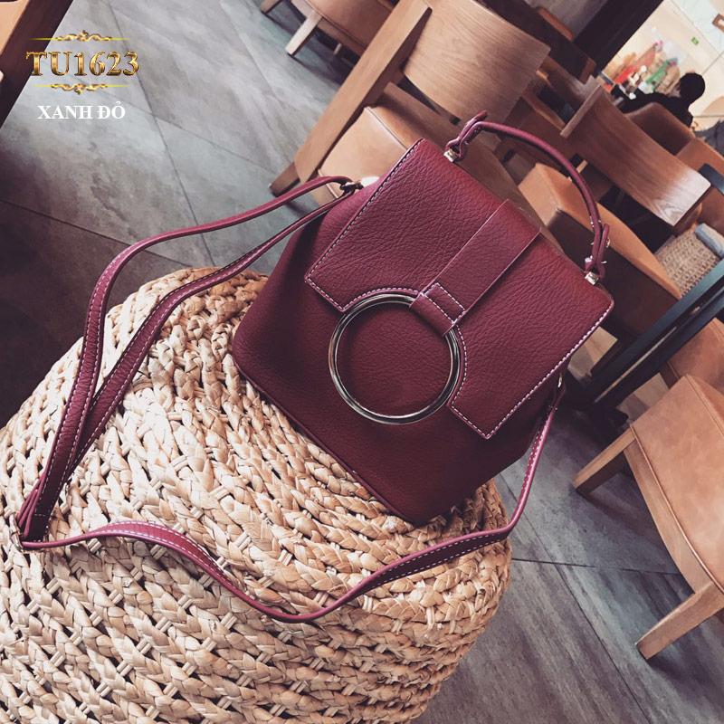 Túi xách đeo thời trang móc kim loại tròn TU1623 (Màu đỏ)